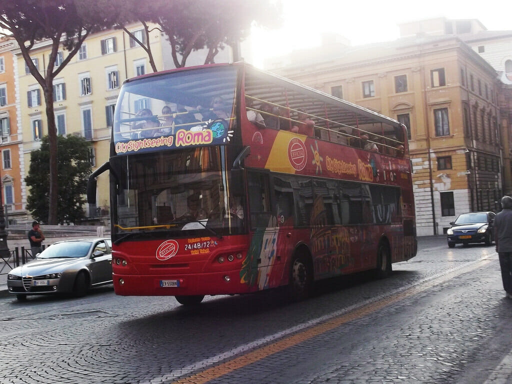 hop on hop off rome bus tour City Sightseeing