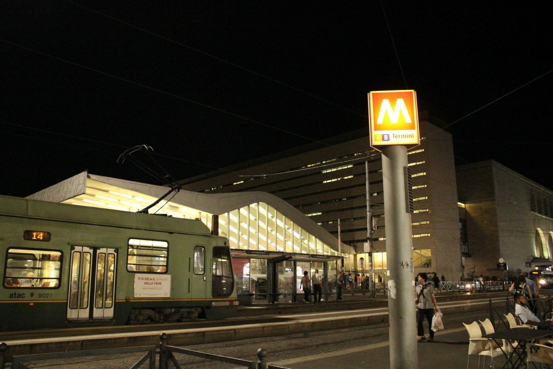 rome's public transport Metro