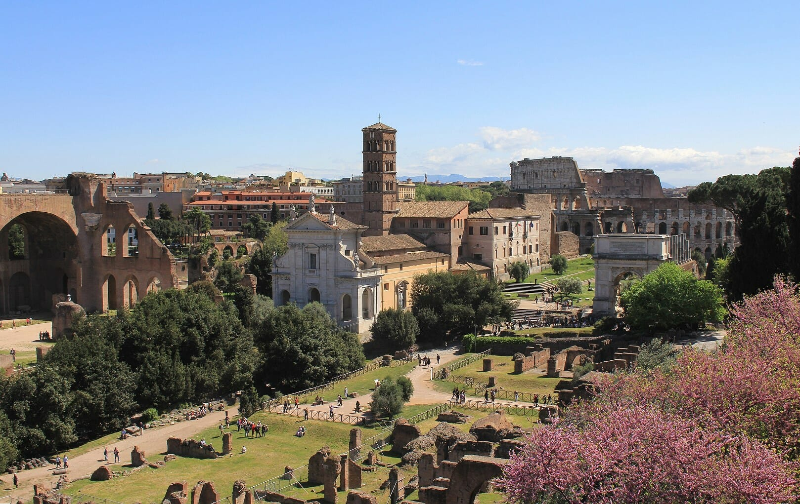 Best things to do in Rome palatine hill