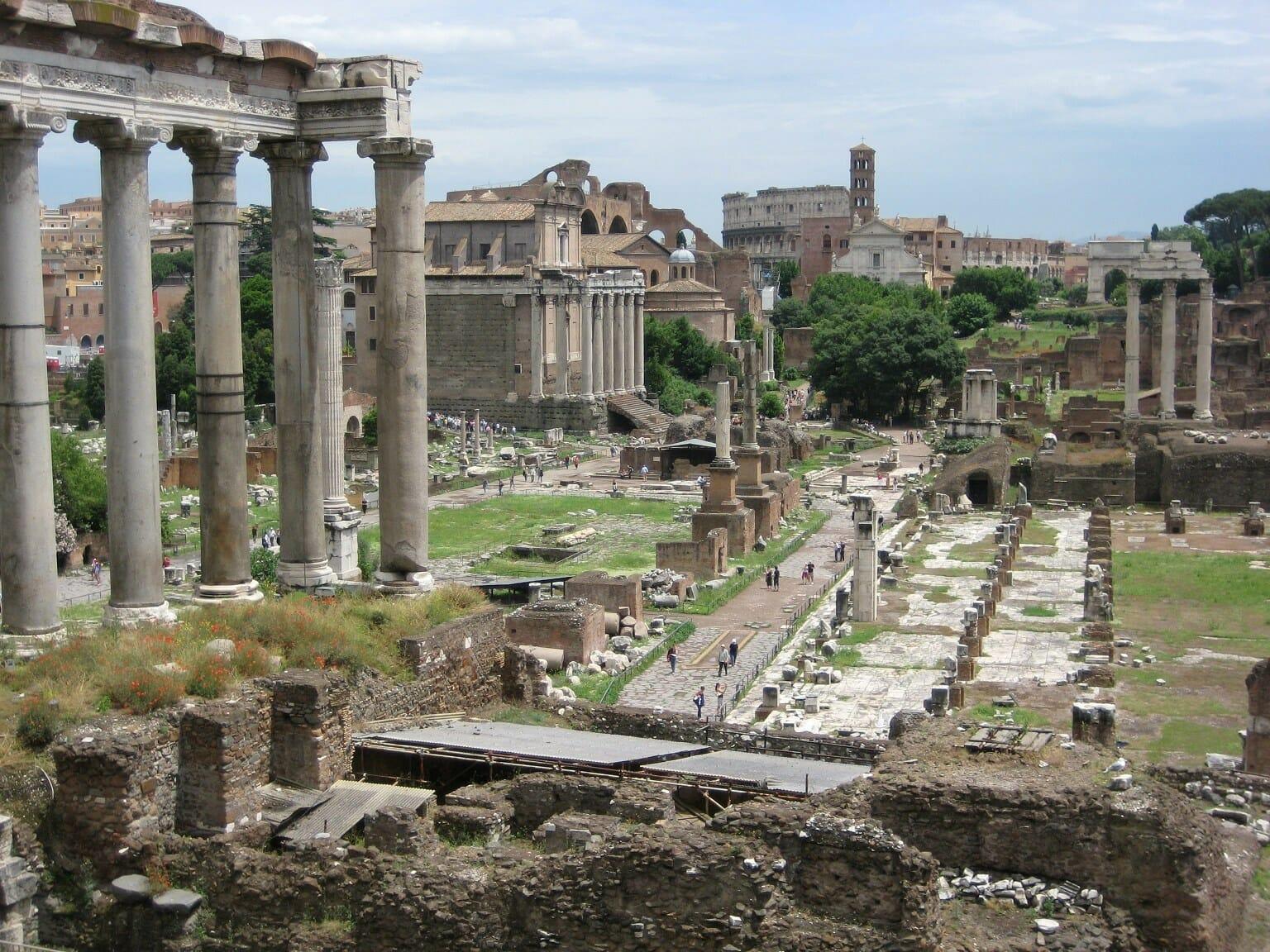 Skip the line Roman Forum