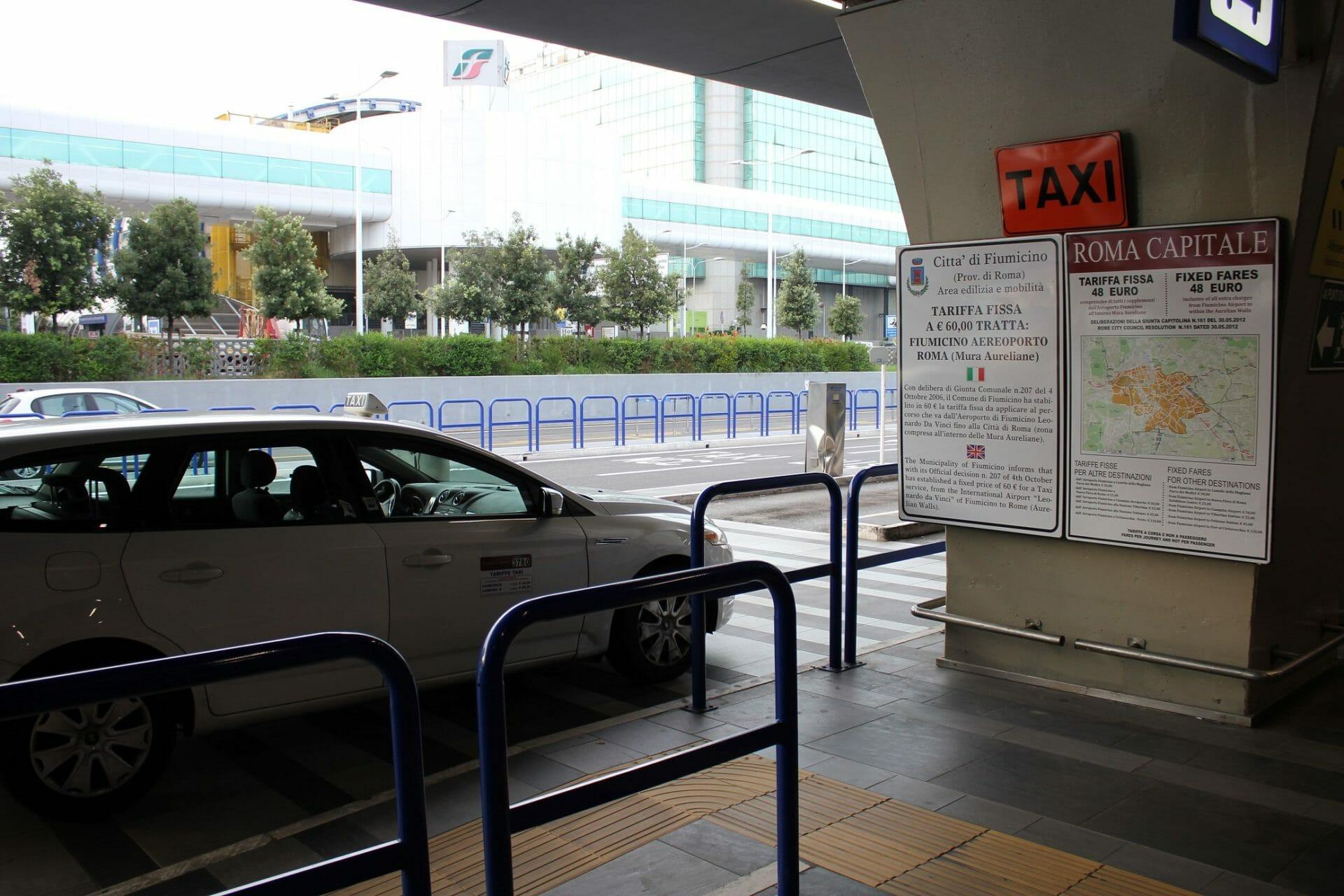 rome's public transport Taxi