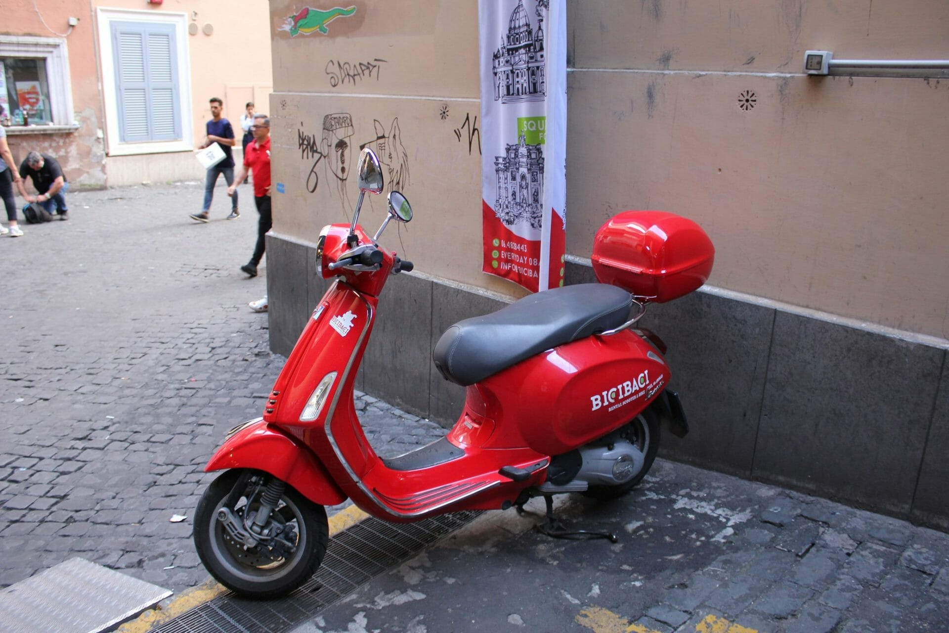 one week in rome vespa
