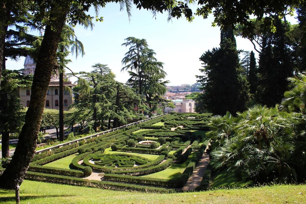 rome romantic Vatican Garden
