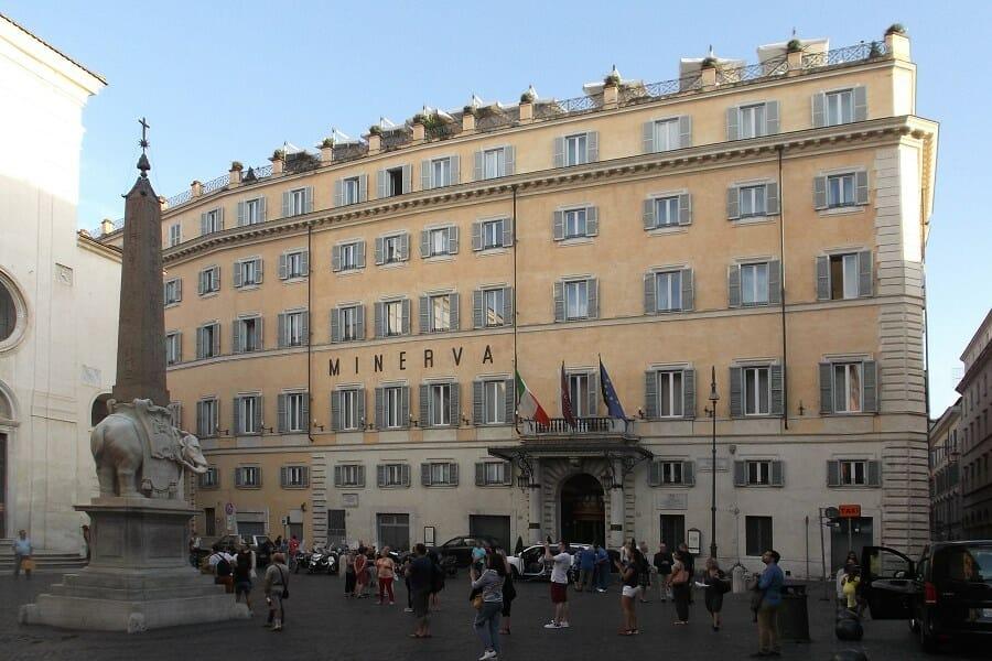 rooftop bar rome Grand Hotel De La Minerva