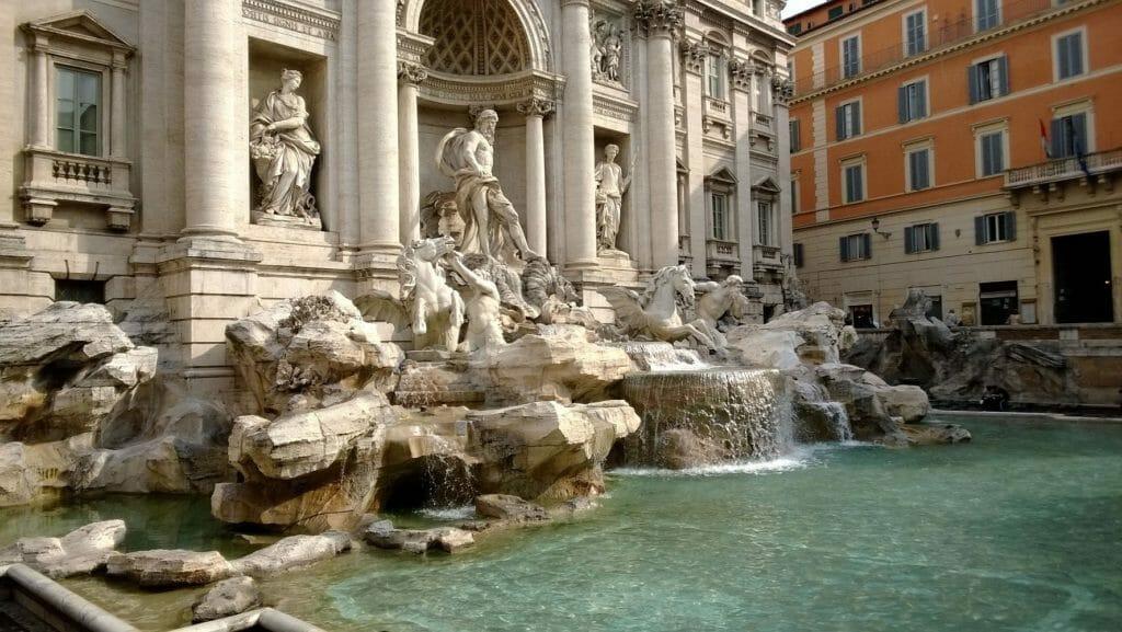 rome city map trevi fountain