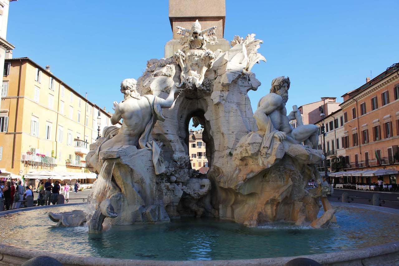 piazza navona fontana dei quattro fiumi