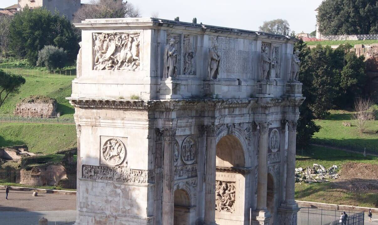 The arch of Constantine Rome monument