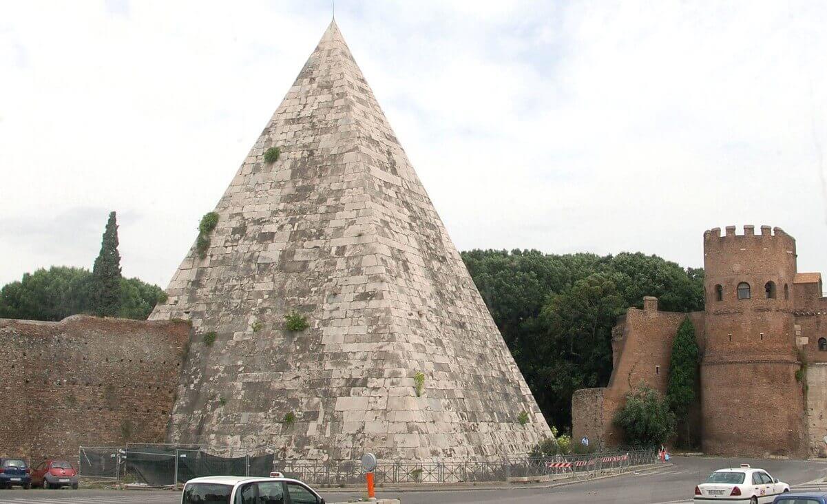 Pyramid Cestius in Rome