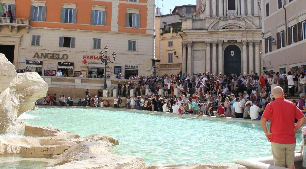 Trevi fountain in Rome in Summer