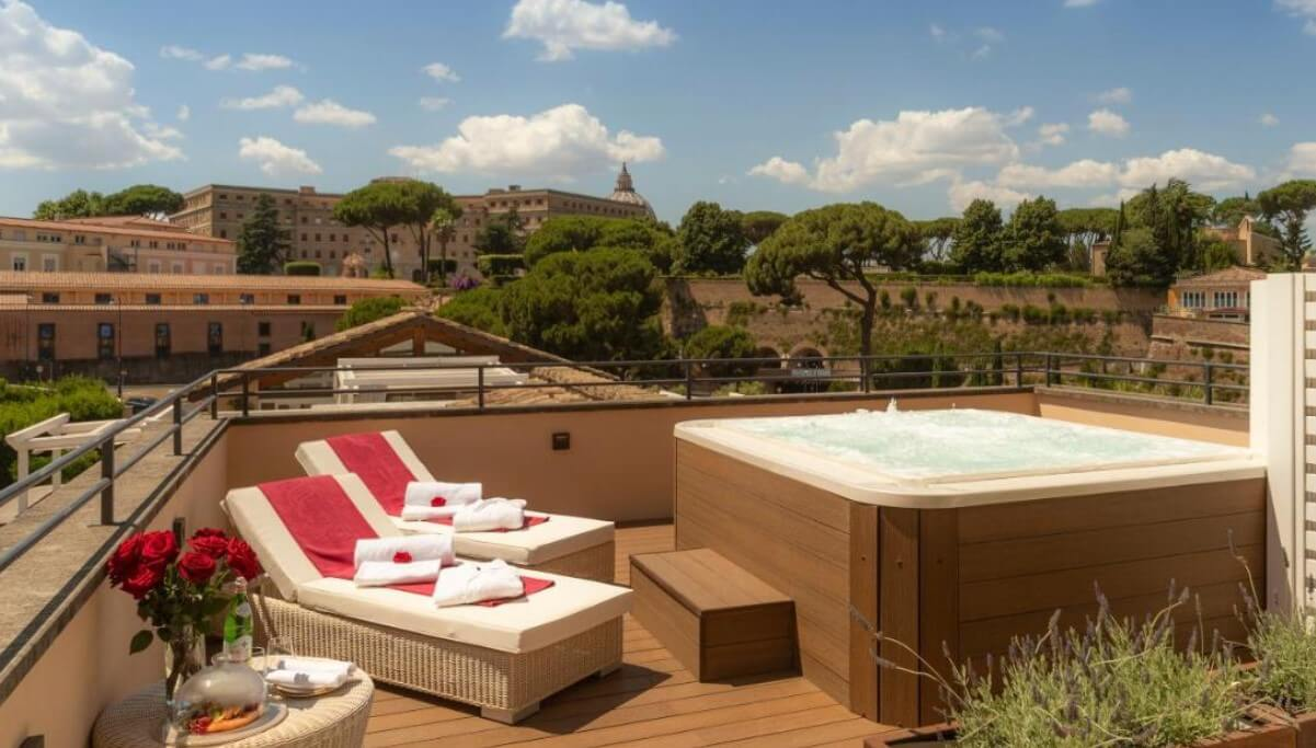 Villa Agrippina hotel from @booking.com